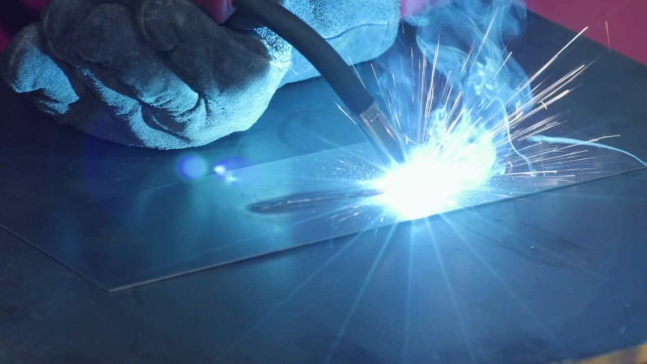 LEARN THE DIFFERENT MIG WELDING ADVANTAGES AND DISADVANTAGES NOW